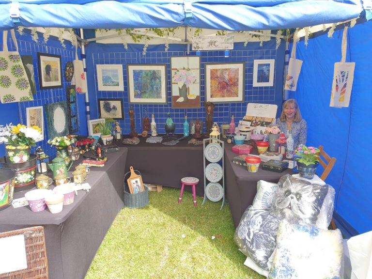 Image of the ARC stand at Art in the Park